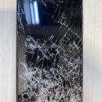 【修理コラム】ガラスがどんなにバキバキであっても中身さえ問題無ければ修理可能です!