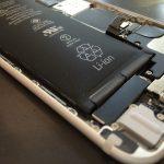 バッテリーが膨らむ兆しを発見したら、iPhoneのバッテリーを交換して直そう。