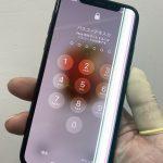 iPhoneX画面に光の線が!?iPhoneXの画面修理を東京、渋谷でするならスマップル渋谷本店に!!