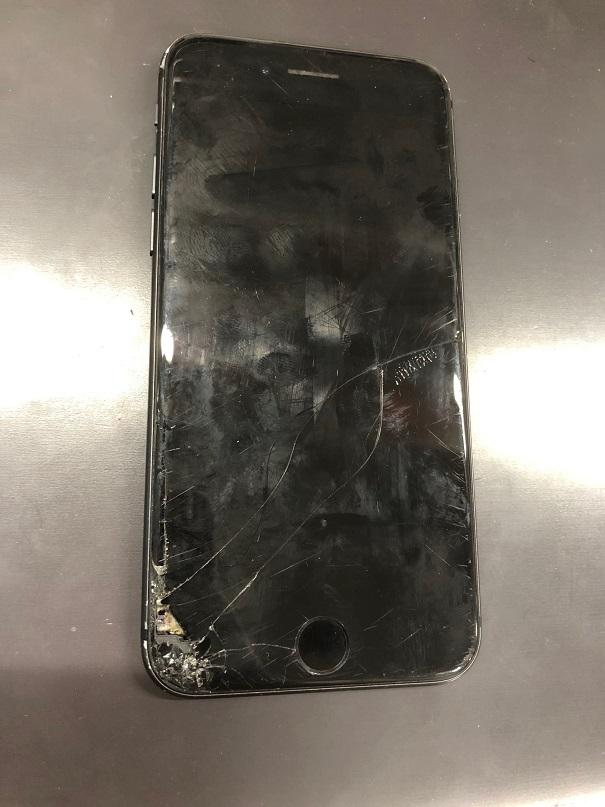 iPhone8の画面故障です。